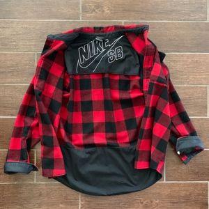 Nike SB Red Black Flannel Large